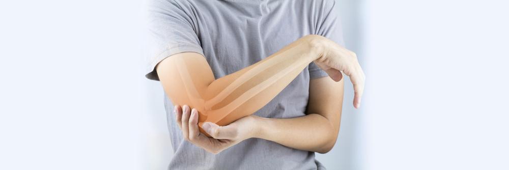 スポーツの肘痛