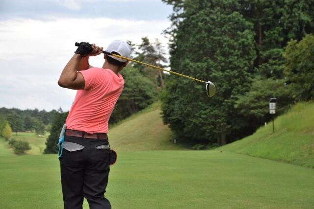 ゴルフの腰痛